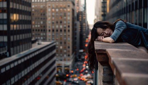 シングルマザーだけど仕事やめたい「疲れた...うつ病?でも仕事はやめられない」