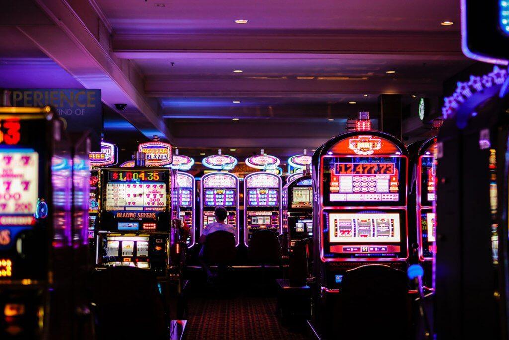 離婚原因はギャンブルでの借金でした。離婚を決意する女性の心理とは【離婚体験談】