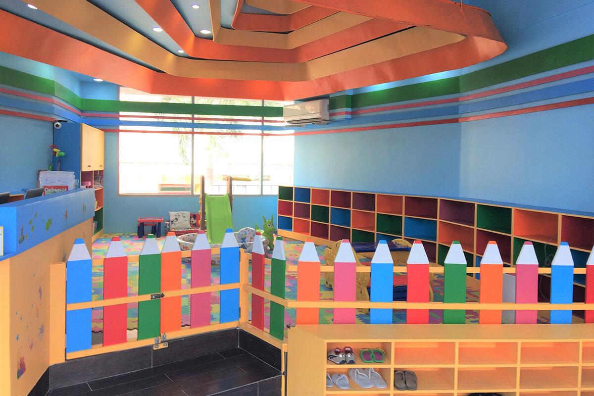 Voyage Childhouse